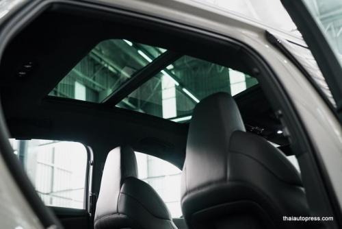 Audi e-tron Sportback 55 quattro S line ภายนอก 01 (7)