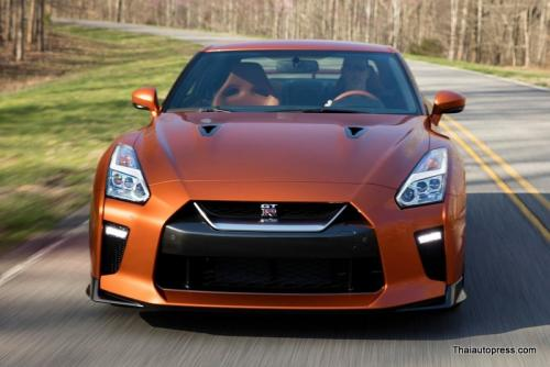 Nissan-GT-R (12)