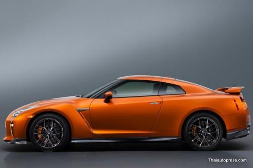 Nissan-GT-R (16)