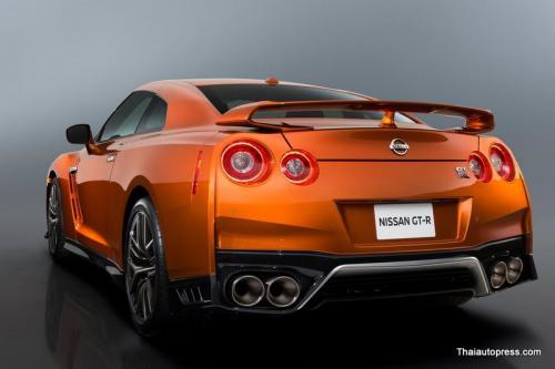 Nissan-GT-R (17)