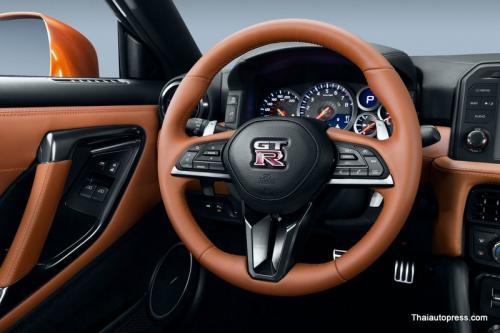Nissan-GT-R (19)