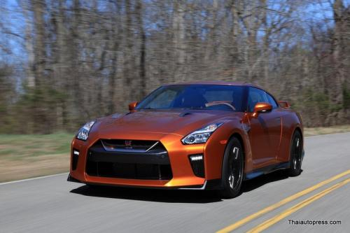 Nissan-GT-R (35)
