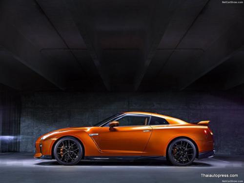 Nissan-GT-R (7)