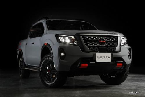 Nissan PRO-4X (8) (1)